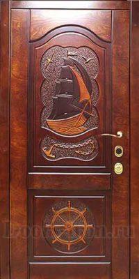 Дверь для коттеджа массив дерева