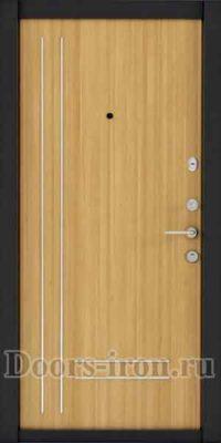 Входная металлическая дверь с молдингом желтая