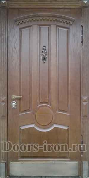 Входная металлическая дубовая дверь