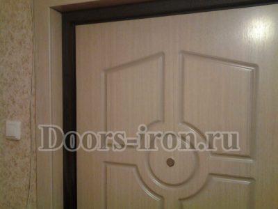 Дверь с отделкой МДФ - ламинат