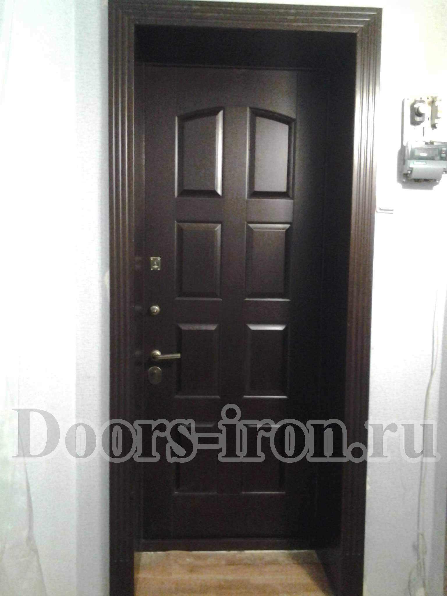 металлическая дверь с отделкой МДФ и доборами