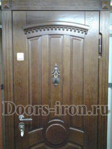 Дубовая входная металлическая дверь