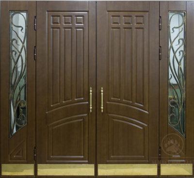 Рис. 2 Входная дверь с облицовкой ПВХ-МДФ, дополненная стеклом и ковкой