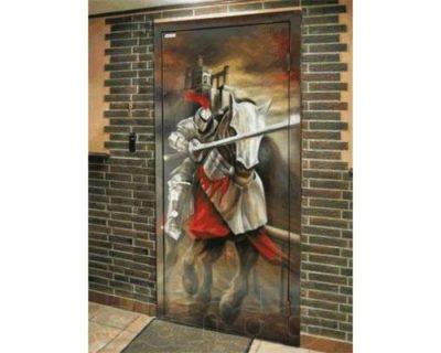Металлические двери с фотопанелями в интерьере