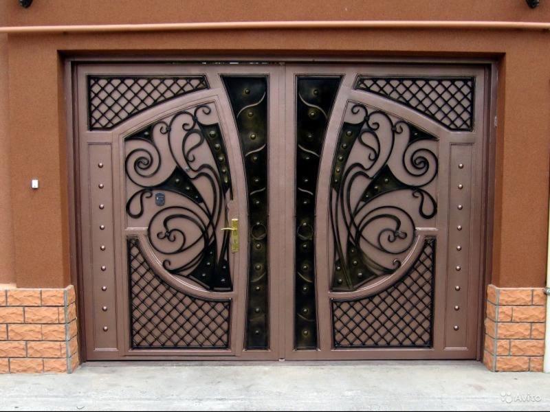 железный двери и ворота