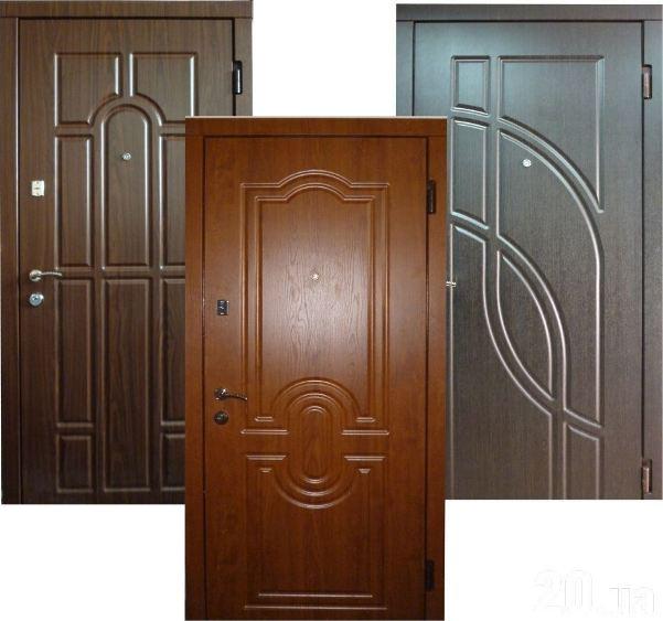 Рис. 1 Металлические двери с шумоизоляцией