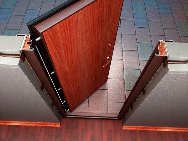 Рис. 1 Входная металлическая утепленная уличная дверь