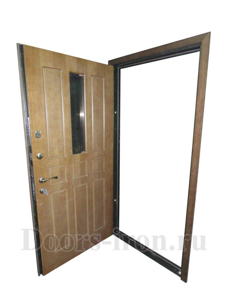 Входная дверь массив дуба с ковкой и вставкой стекла