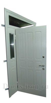 металлическая дверь со вставками по бокам и сверху