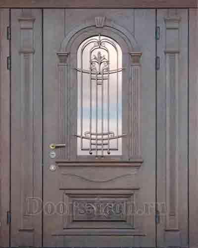 Входная дверь со стеклом и ковкой из ясеня