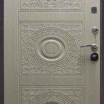Входная дверь в дом утепленная