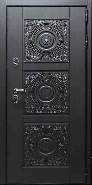 Утепленная входная дверь в квартиру