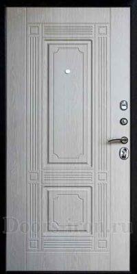 Металлическая дверь в квартиру белая изнутри