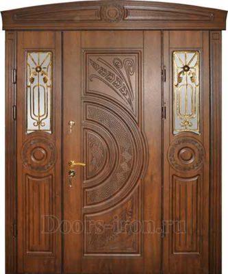 Входная элитная дверь для загородного дома со стеклом и ковкой
