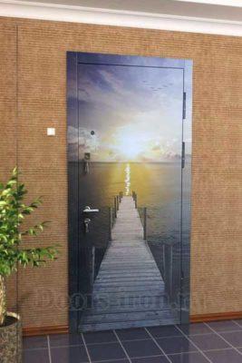 Входная дверь с фотографией