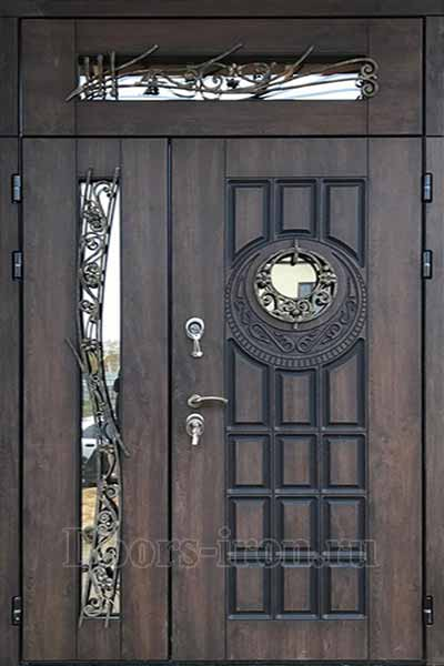 Двустворчатая элитная входная дверь