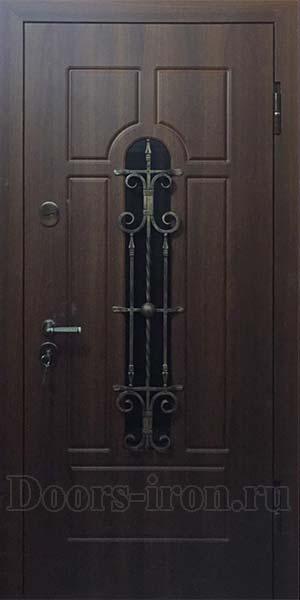 Теплая металлическая дверь в дом