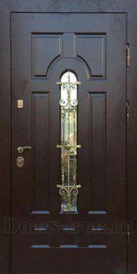 Входная железная дверь для дома