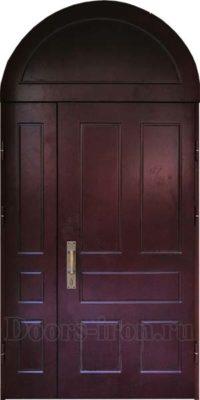 Высокая арочная дверь