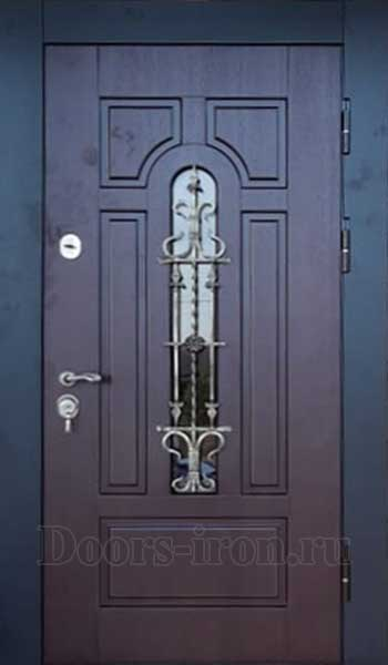 Бордовая входная дверь с ковкой и стеклом