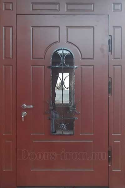 Стальная дверь с ковкой и стеклом отделка мдф