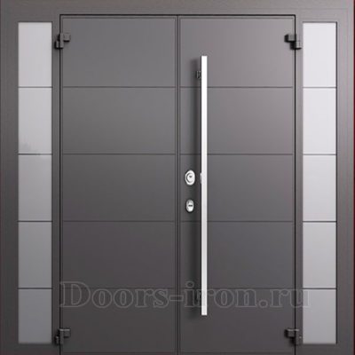 Широкая двустворчатая дверь