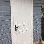 Стальная дверь с отделкой мдф белого цвета