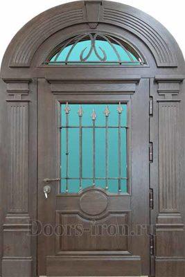 Арочная дверь с отделкой массив дерева