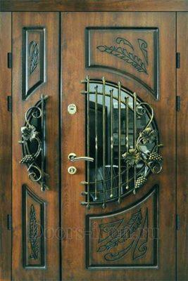 Двухстворчатая дверь с окном и ковкой