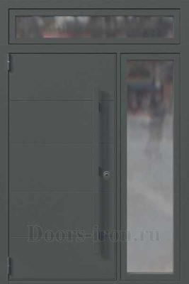Большая стальная дверь со стеклом